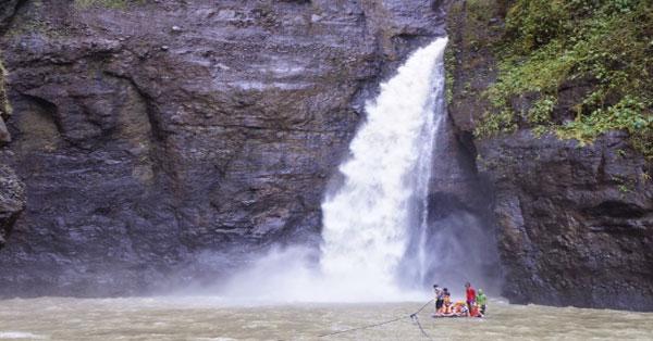 pagsanjan-or-cavinti-falls